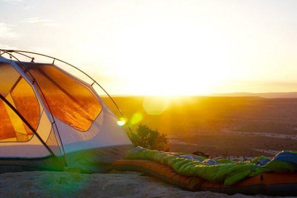 kamperen kampeerartikelen