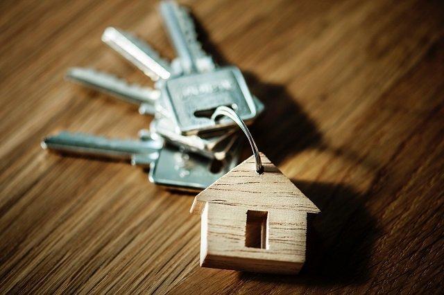 verbouwen of verhuizen huissleutels huis