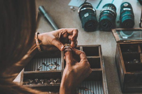 zelf je sieraden maken tijdens een workshop of in een winkel
